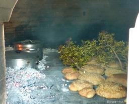 Fournos Kalithies village bread